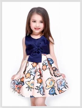 Thời trang trẻ em mẫu 12